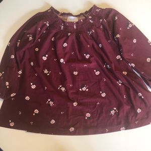 5/$20 Old Navy burgundy floral shirt small 6/7
